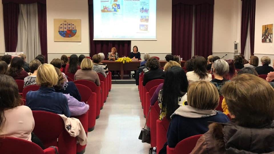 incontro Pigozzi - Una donna, una madre: difficile coesistenza?
